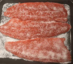 Kaldrøyking av fisk Smokepins